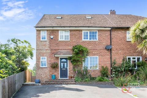 4 bedroom semi-detached house for sale - Tythe Barn, Bolney, Haywards Heath