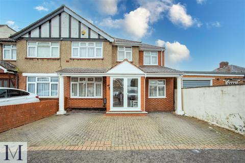 4 bedroom semi-detached house for sale - Monmouth Road, Hayes, UB3