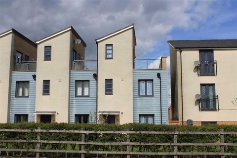 3 bedroom townhouse to rent - Selkirk Drive, Oakridge, Milton Keynes