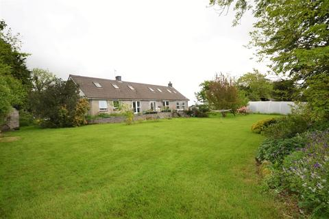 8 bedroom property with land for sale - Hebron, Whitland