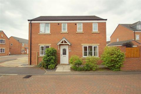 3 bedroom detached house for sale - Pennwell Garth, Leeds