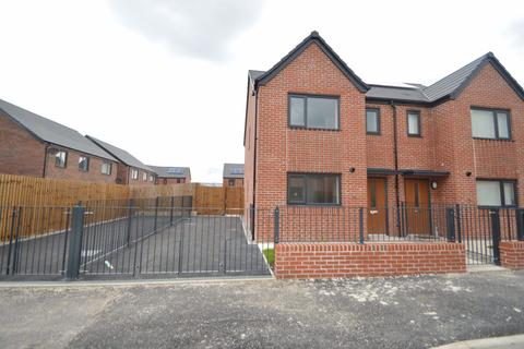 3 bedroom house to rent - Beastow Road, Manchester