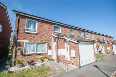 2 bedroom maisonette for sale - Nicholas Court, Newlands Spring, Chelmsford, CM1