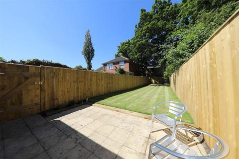 7 bedroom end of terrace house for sale - Princes Road, Hull