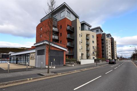 2 bedroom apartment to rent - South Quay, Kings Road, Swansea