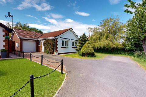 2 bedroom bungalow for sale - Craigwell Drive, Sunderland