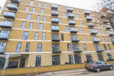1 bedroom apartment to rent - Victoria Avenue, Southend-On-Sea