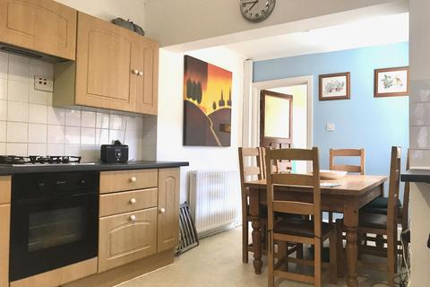 3 bedroom terraced house to rent - Montague Street, South Bank