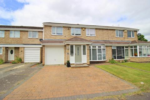 4 bedroom semi-detached house for sale - Leyburn Close, Ouston, Chester Le Street