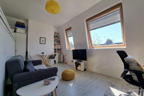 1 bedroom flat for sale - Hampden Road, London