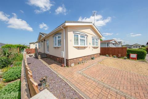 2 bedroom park home for sale - Woodside Park Homes, Woodside, Luton