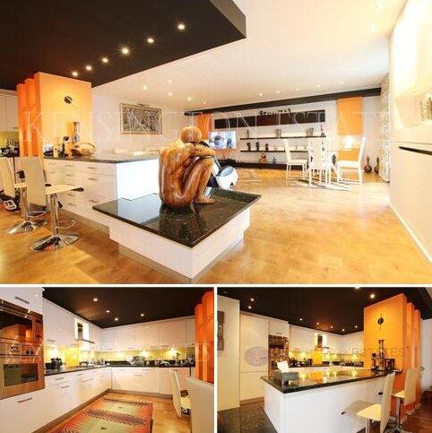2 bedroom apartment for sale - Beckford Close, Kensington, London W14