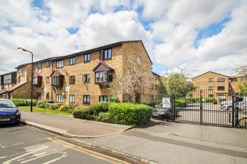 2 bedroom flat to rent - Horner Court, 3 South Birkbeck Road, Leytonstone
