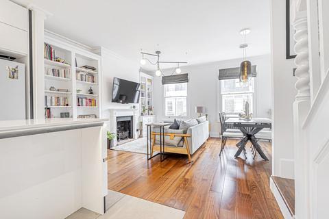 3 bedroom flat for sale - Halford Road, Fulham