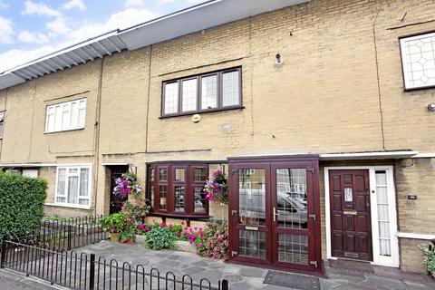 2 bedroom terraced house to rent - White Horse Lane, E1