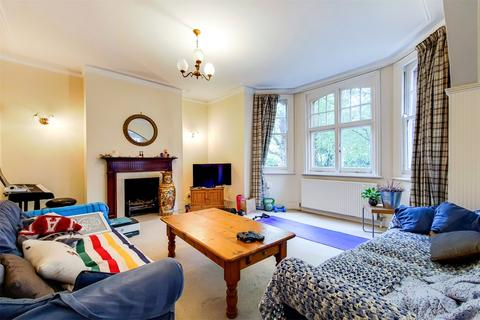 3 bedroom apartment for sale - Palmerston Mansions, Queens Club Gardens, London, W14