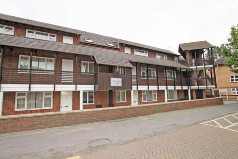 2 bedroom flat to rent - Arlingon Court, Newmarket CB8