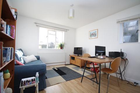 1 bedroom flat to rent - Kinloch Street,  Holloway, N7