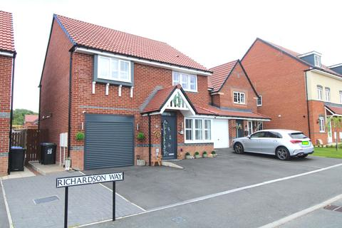 4 bedroom detached house for sale - richardson way, Consett DH8