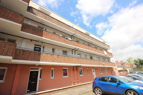 3 bedroom flat for sale - Macallister House, Wrottesley Road, London, SE18 3UB