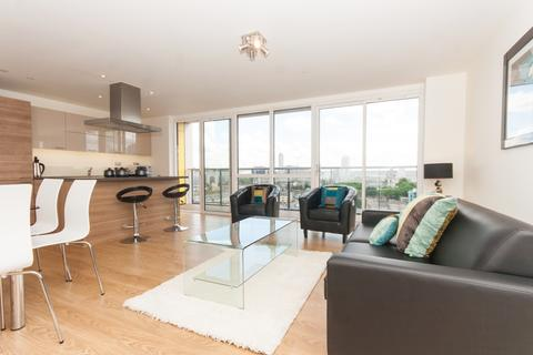 3 bedroom apartment to rent - Panoramic Tower, Hay Currie Street, Poplar E14
