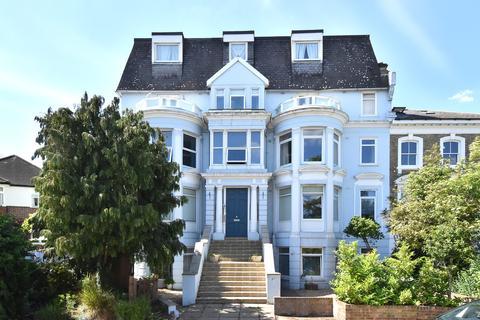 1 bedroom flat for sale - Ravensbourne Park Crescent, SE6