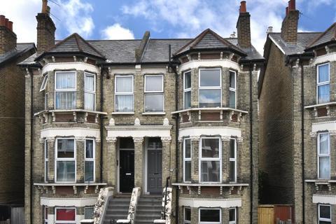 1 bedroom flat to rent - Beechfield Road SE6