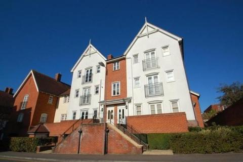 2 bedroom apartment to rent - Chatham Way, Brentwood