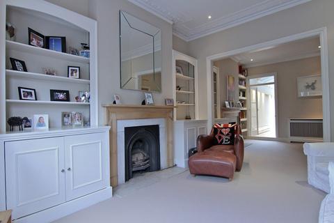 5 bedroom terraced house to rent - Bramfield Road, London, London, SW11