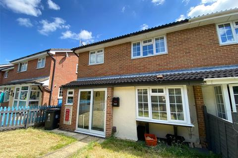 2 bedroom terraced house to rent - Gifford Road, Stratton, Swindon, Wiltshire, SN3