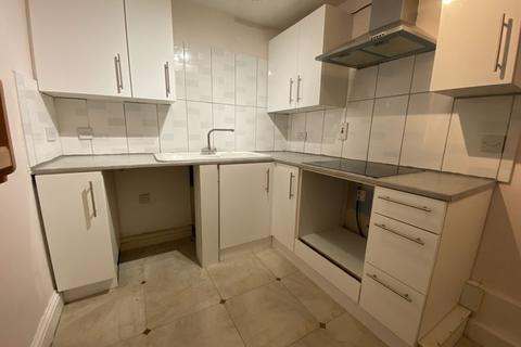 2 bedroom apartment to rent - East India Way, Croydon