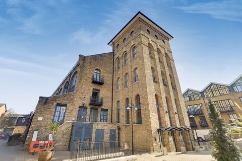 1 bedroom apartment for sale - Burrells Wharf Square, London E14