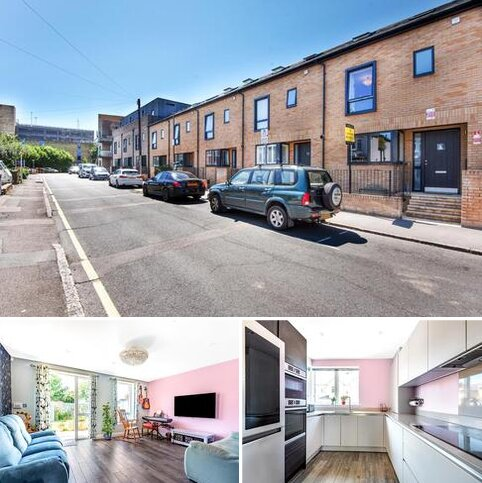 4 bedroom end of terrace house for sale - Bruce Grove Orpington BR6