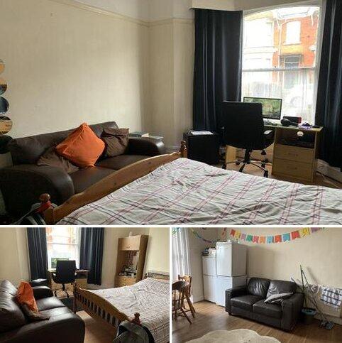 4 bedroom terraced house to rent - Beechwood Road, Swansea SA2