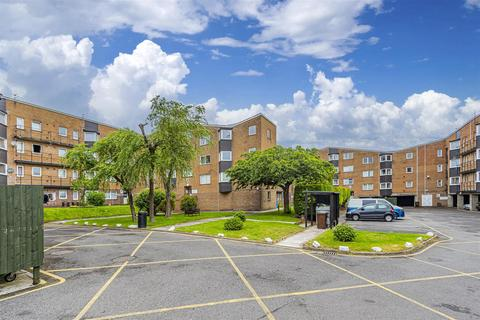 1 bedroom flat to rent - Coed Edyern, Llanedeyrn