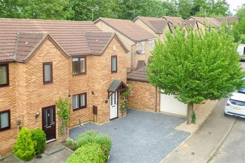 3 bedroom semi-detached house for sale - Minerva Gardens, Wavendon Gate, Milton Keynes, Bucks