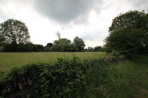 Land for sale - Easton On The Hill, Stamford