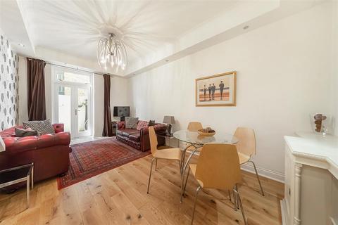 3 bedroom flat to rent - Pembridge Gardens, W2