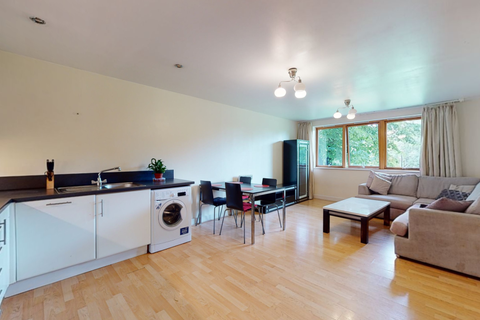 2 bedroom flat to rent - Bray Court,  Meath Crescent, London E2