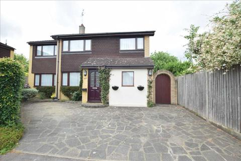 4 bedroom detached house for sale - Elm Close, Great Baddow, Chelmsford