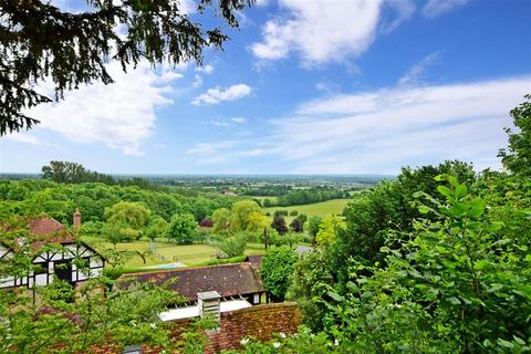 4 bedroom bungalow for sale - Wierton Hill, Boughton Monchelsea, Maidstone, Kent