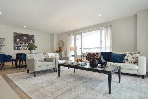 2 bedroom flat to rent - Circus Apartments, Canary Wharf E14