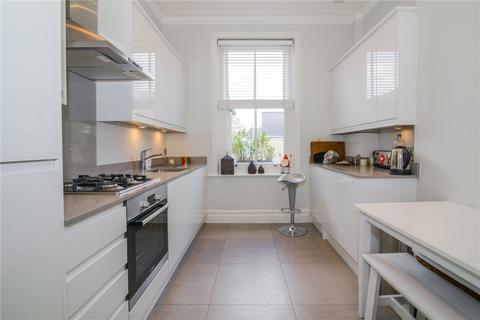 3 bedroom apartment to rent - Chiswick High Road, Chiswick, London, W4