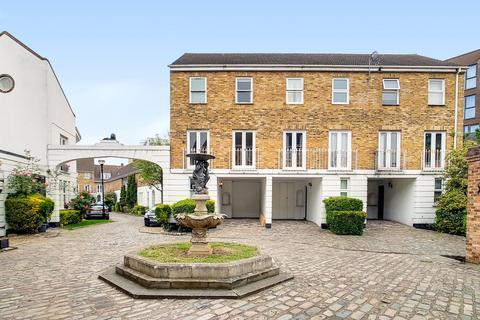 3 bedroom terraced house to rent - Sparta Street Greenwich London SE10