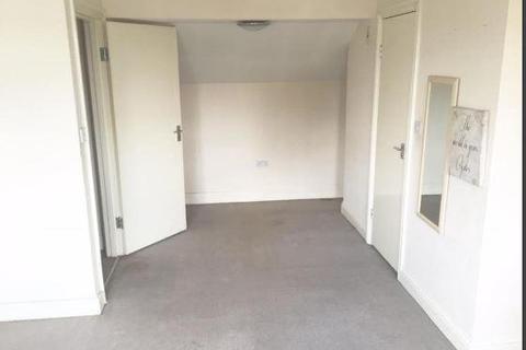 3 bedroom maisonette to rent - Baker Street, Enfield  EN1