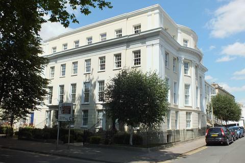 2 bedroom apartment to rent - Wellington Place, London Road, Cheltenham, Gloucestershire, GL52