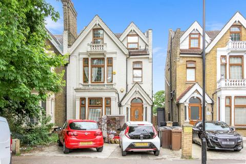 6 bedroom semi-detached house for sale - Vicarage Road, Leyton, E10 7HJ