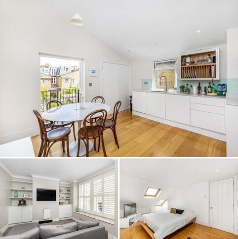 3 bedroom flat for sale - Trentham Street, Southfields
