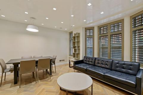 3 bedroom flat to rent - Cavendish Buildings, Gilbert Street, Mayfair, London