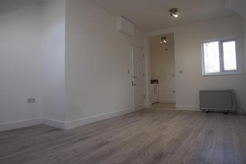 Studio to rent - Shrubbery Rd , N9